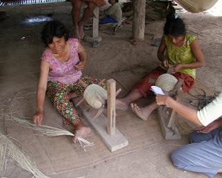 cambodia picture working by hand