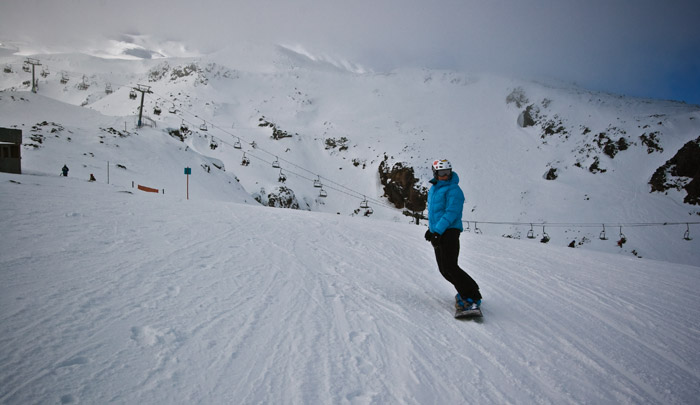 Snowboarder on Turoa skifield, Mt Ruapehu