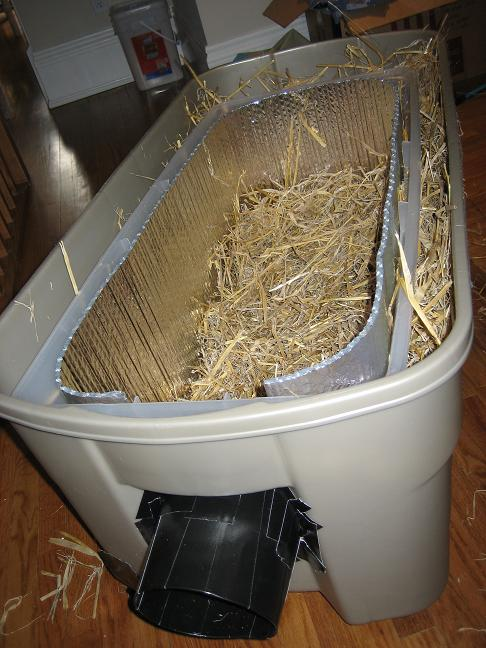 Make Insulated Cat Shelter No Straw