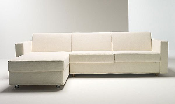 Divano letto ad angolo moderno divano letto divani letto for Struttura letto divano