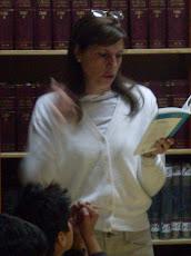 Visita de la Escritora boliviana Isabel Mesa de Inchauste