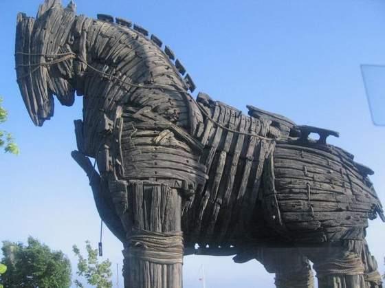 Os Cavalos de Tróia do Espiritismo ~ O Blog dos Espíritas