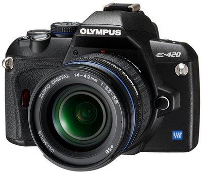 "Digital SLR Camera, 10 Megapixels, Lithium-Ion Battery, 2.7"" TFT LCD"