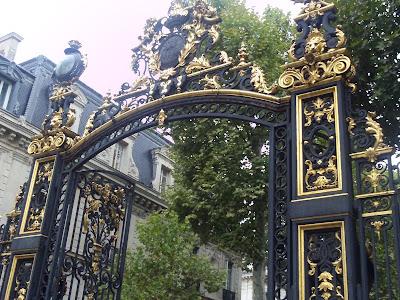 Monceau Park Gateway
