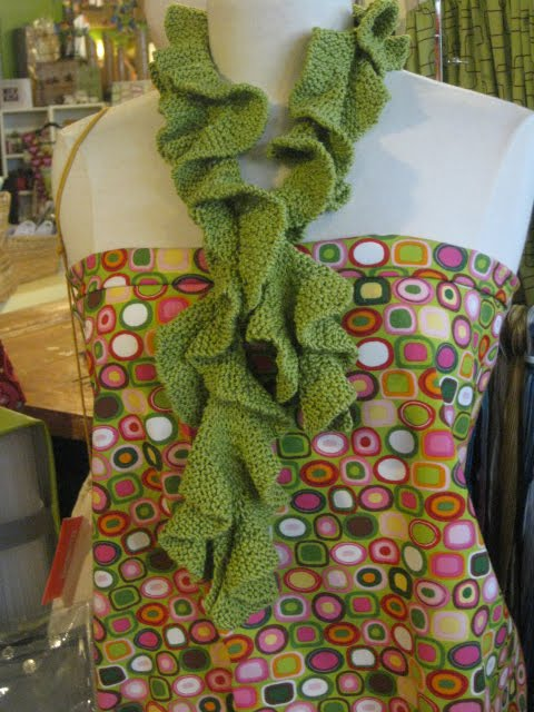 Potato Chip Scarf Knitting Pattern : swellknits: Vacation Scarf