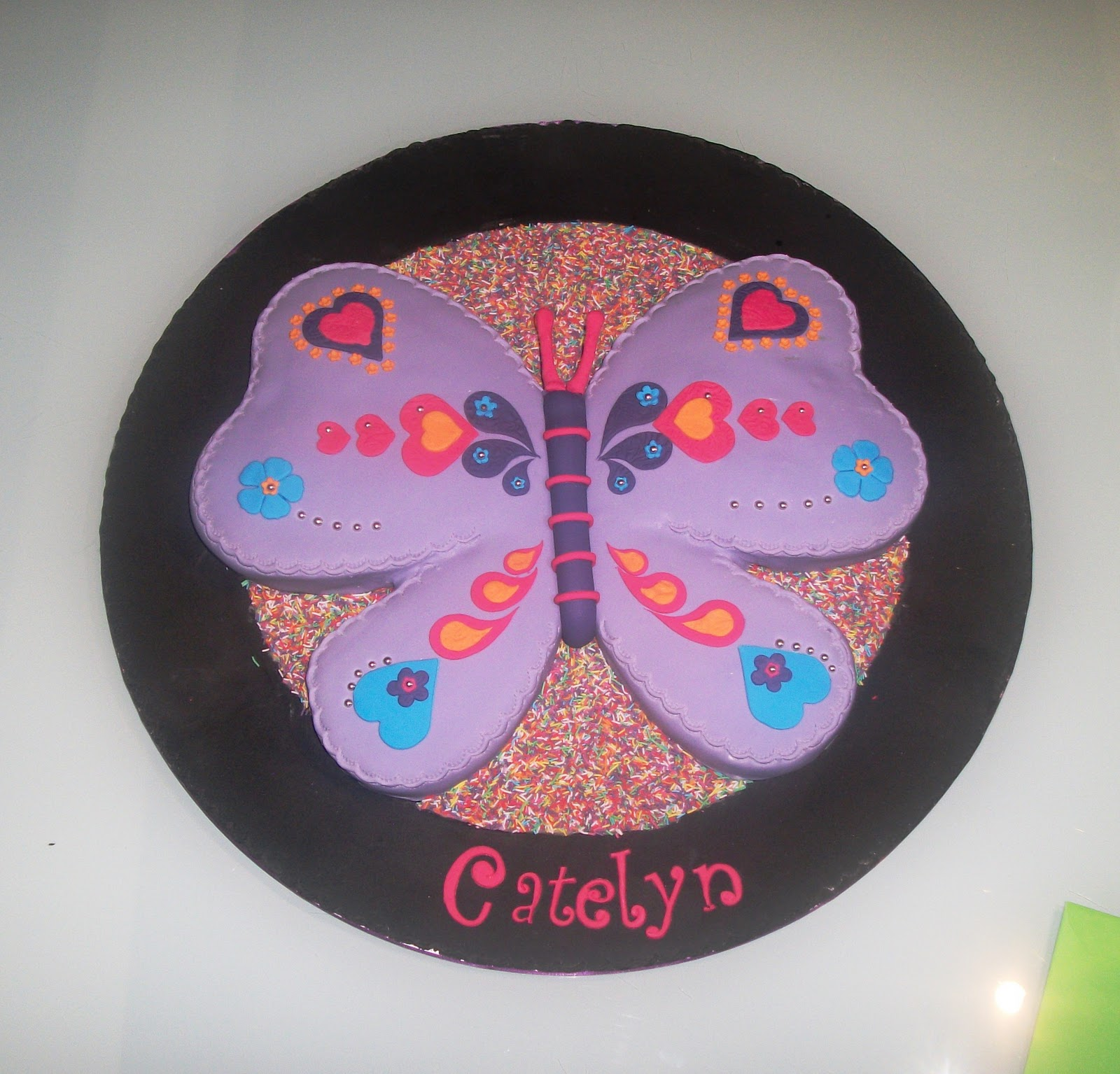 Incredible Butterfly Cake 1600 x 1535 · 314 kB · jpeg