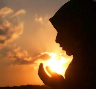 Pribadi Wanita Muslimah Yang Dikehendaki Islam