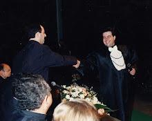 Recebendo diploma