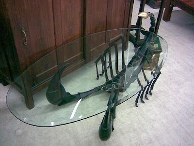 funny furnitures curious09 - �ok �lgin� Masa Sehpa Tasar�mlar�