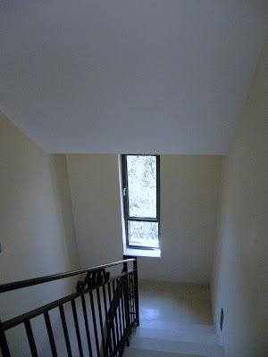 חלון בלגי במדרגות - מבט מלמעלה