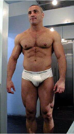 Mature Muscle Men Galleries 5