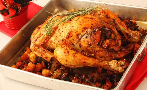 This Christmas Chicken just might be the recipe to liven up the holiday spirits. It takes 50 minutes to prepare this dish with calories per serving. ne, bay If you are looking to change it up a little this holiday season and want a savory and hearty dish to prepare, then try this decadent recipe. We think you will love this dish.5/5(1).