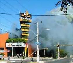 Incendio en el Ycua Bolaños