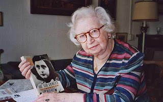 Miep Gies, 1998. Photo by Steve North/AP