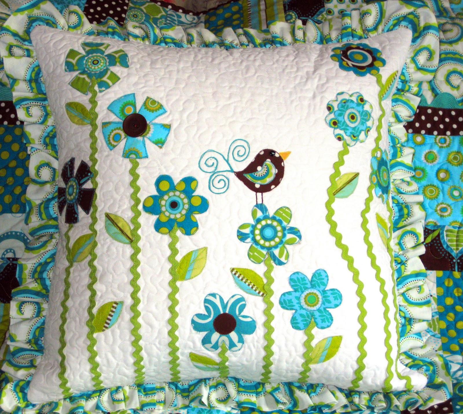 Quilt Patterns Pillowcases : QUILT PILLOW PATTERNS Free Patterns