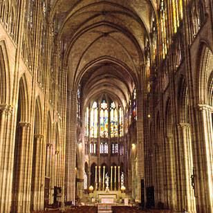 L 39 architecture gothique - Une cathedrale gothique ...