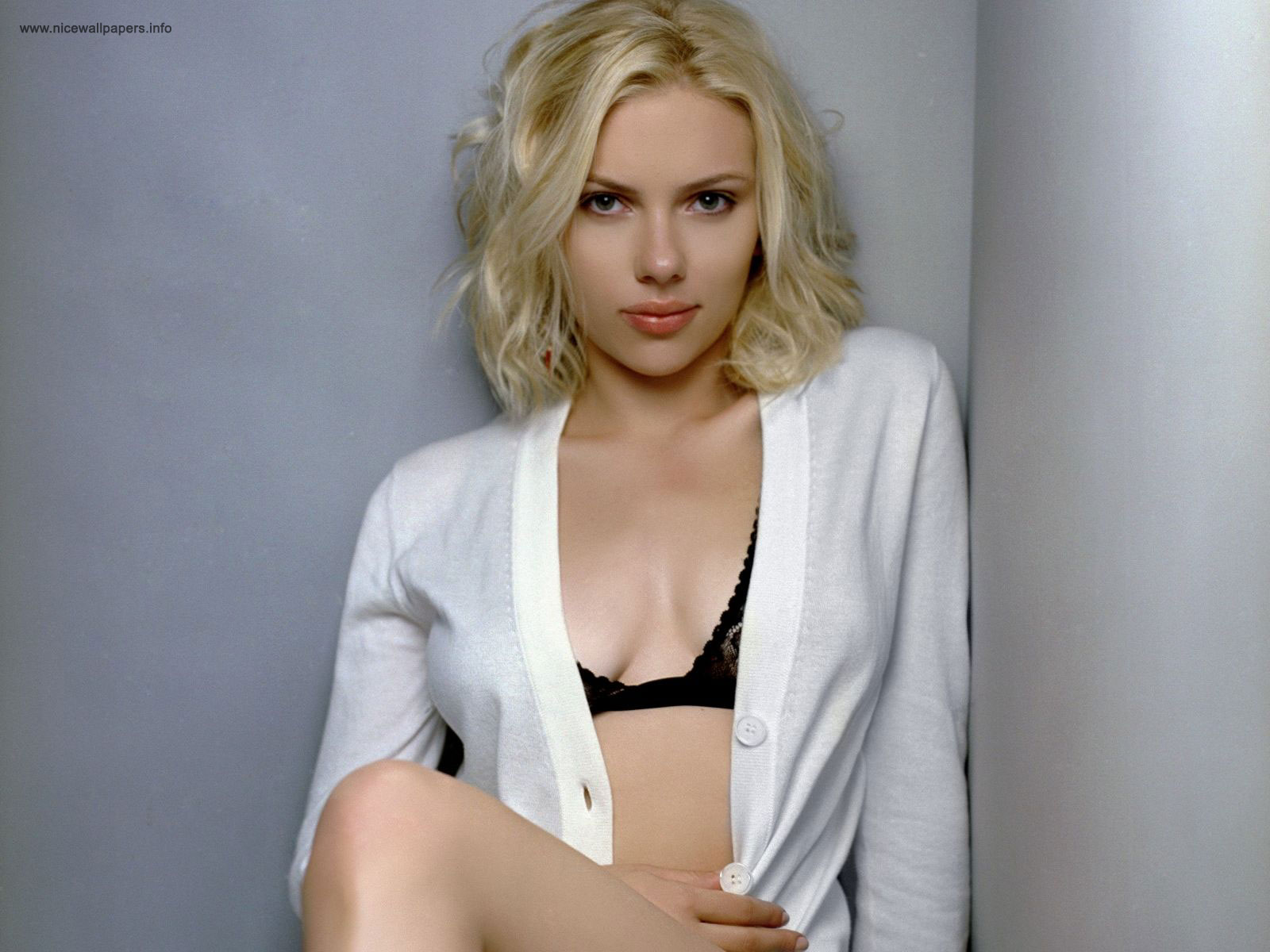 Scarlett Johansson Wallpapers