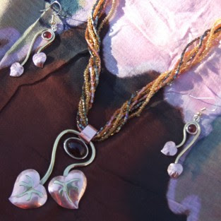 grapevine jewellery set