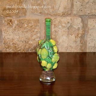 Insabbiando sand art vasi e bottiglie di vetro decorate - Bottiglie vetro decorate ...