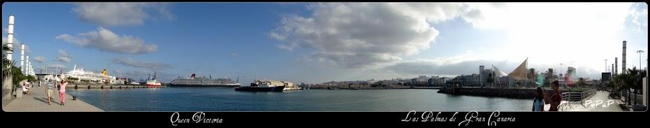 El Queen Victoria partiendo del Muelle de Santa Catalina