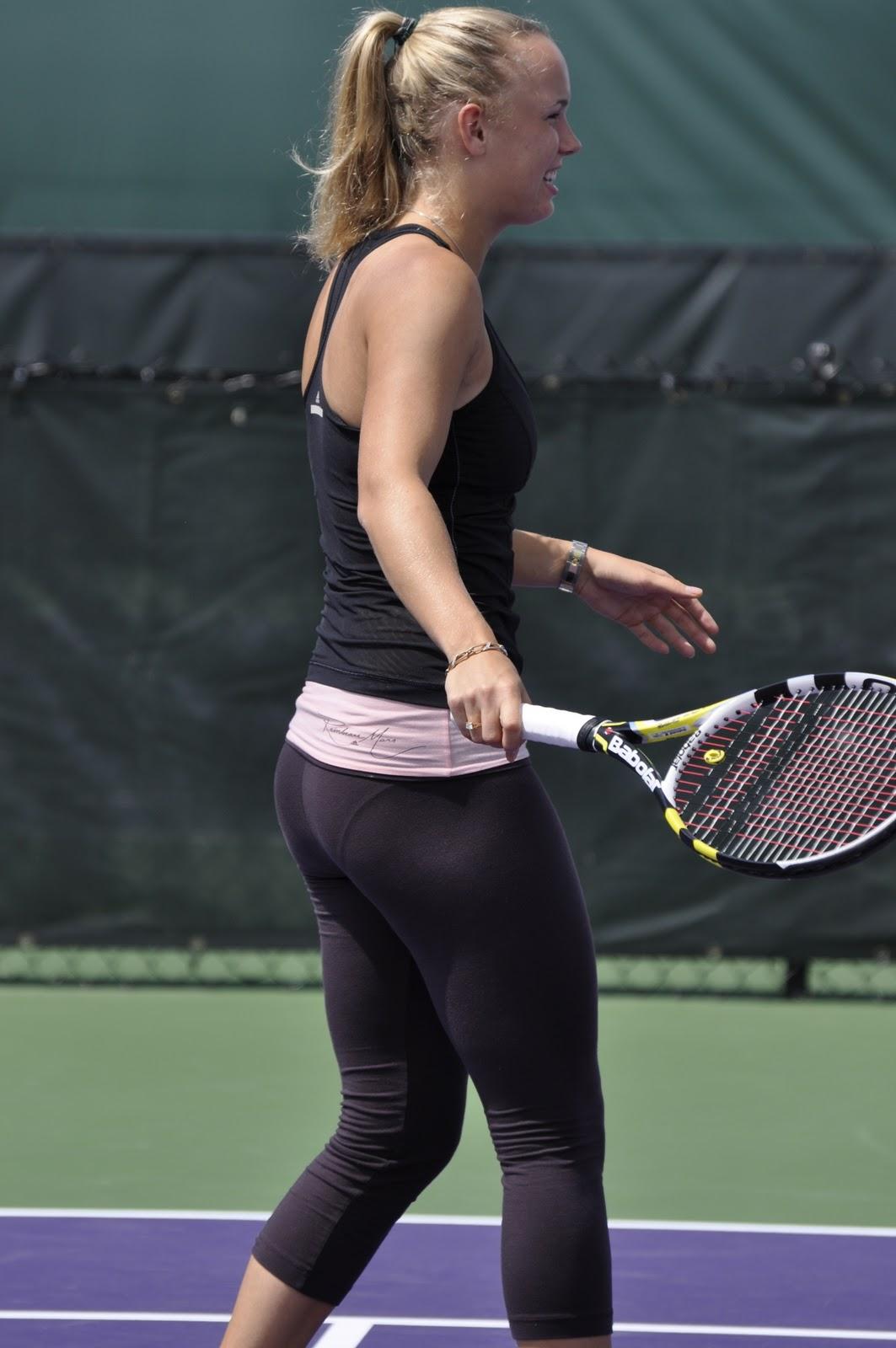 Caroline Wozniacki Ass 3