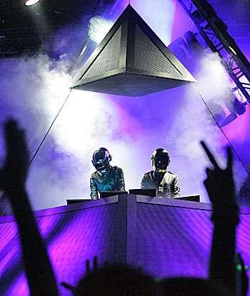 Yeah: Daft Punk's Alive 2007
