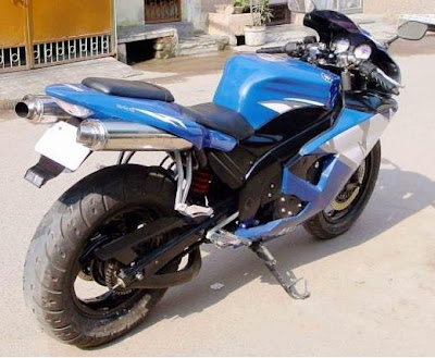 Pulsar 150 Modified http://modifiedmotorbikes.blogspot.com/2009/05/bajaj-pulsar-modified-bikes.html