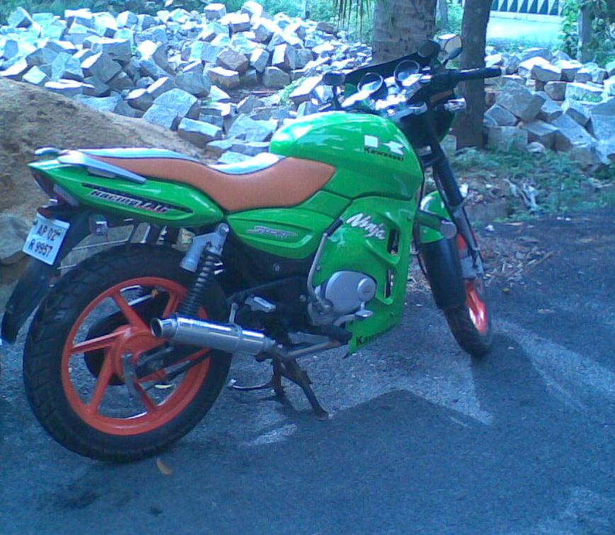 Pulsar 150 Modified http://modifiedmotorbikersrussia.blogspot.com/