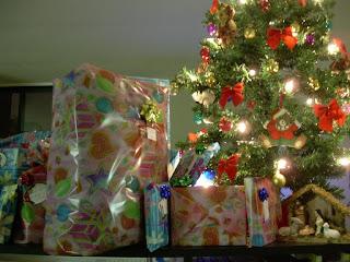 El arbolito de navidad de Adrian y Romi