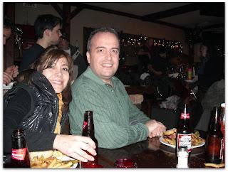 Con Moni y los sándwich de carne ahumada