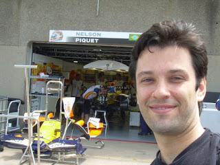 Adrian con Piquet de Brasil