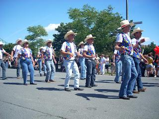 Participantes del desfile
