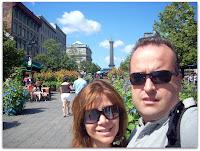 Con la peatonal Place Jacques-Cartier de fondo.