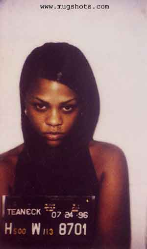 before and after lil kim. Notice Any Similarities?