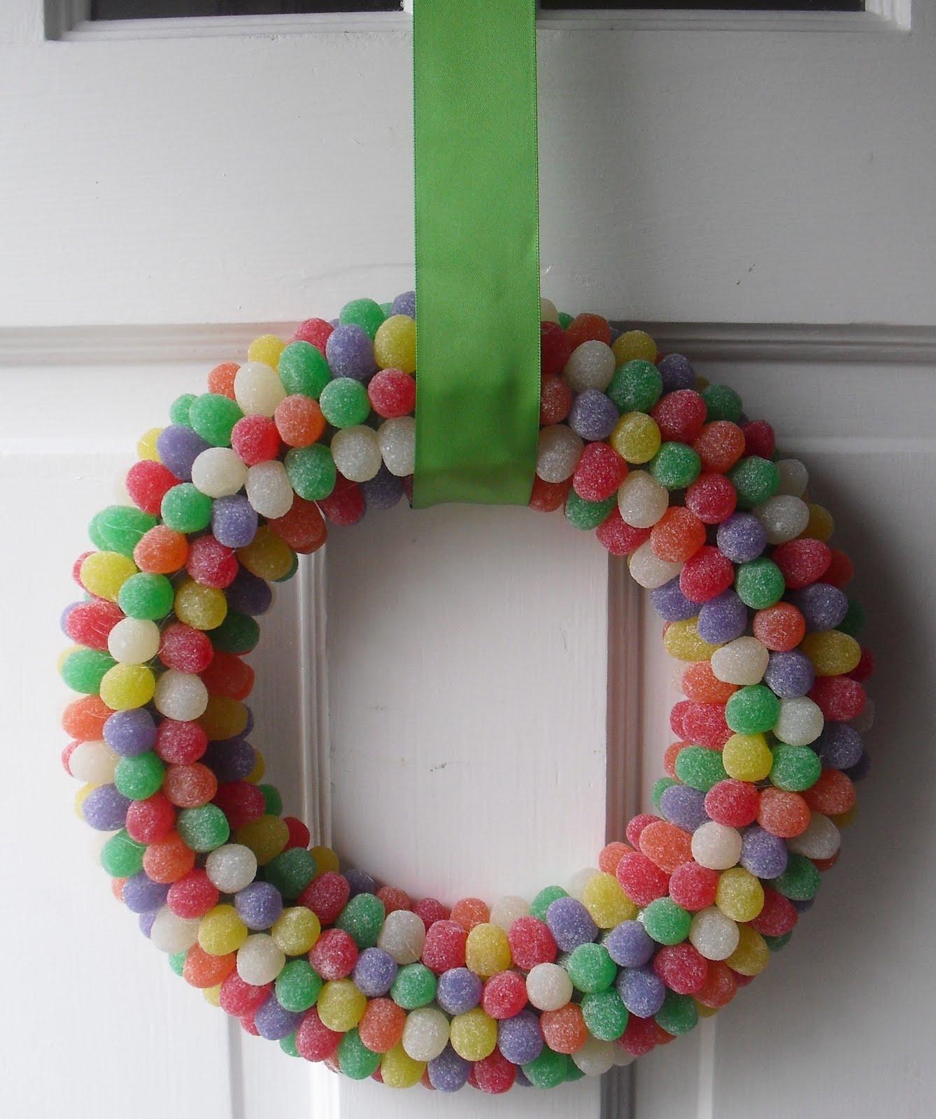 Goody Goody Gumdrops Wreath. Click for 40 more #DIY #Wreath Ideas