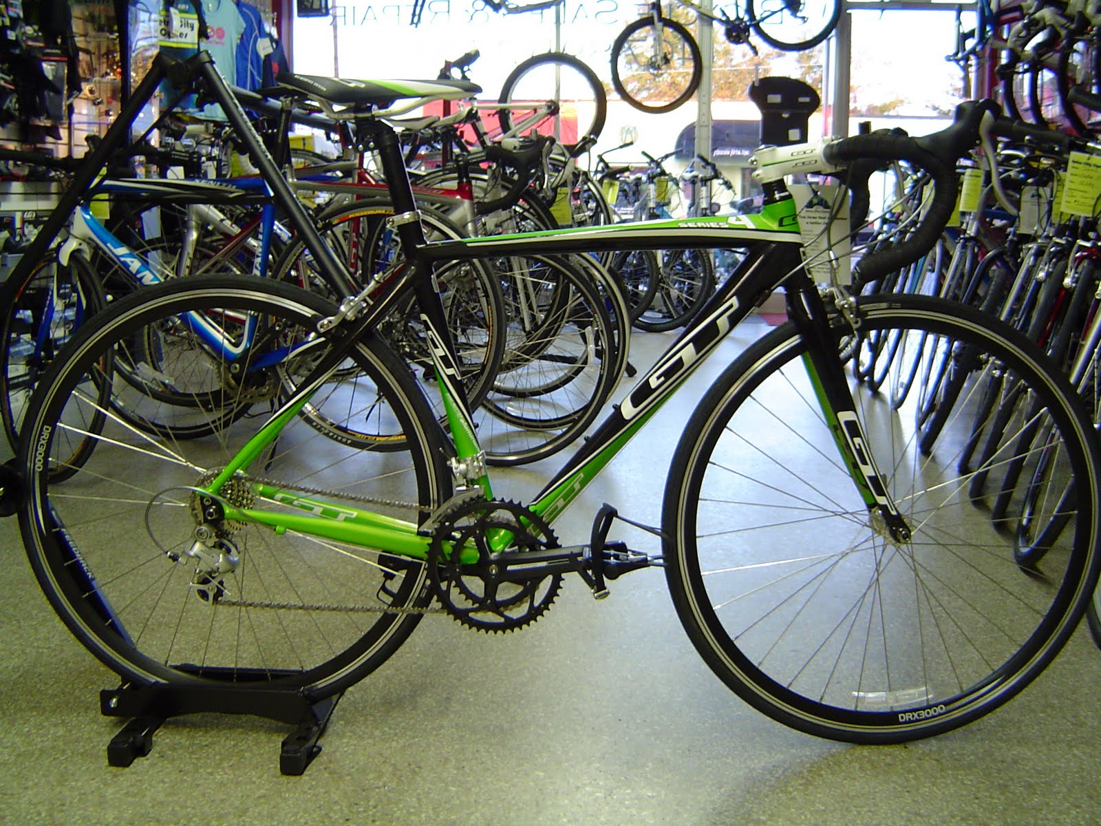 Retro City Cycles GT Road Bike