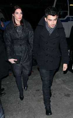 Joe Jonas and Ashley Greene on Big Apple Lovin'