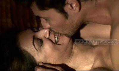 Indian Actress Shusmita Sen Sexy Kiss With Hot Boy 2
