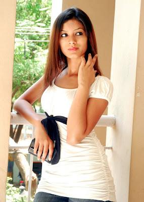 Hottest Actress Ruby Parihar photoshoot