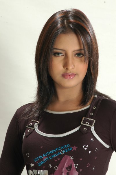 Beautiful Bangladeshi upcoming Model Photos 3