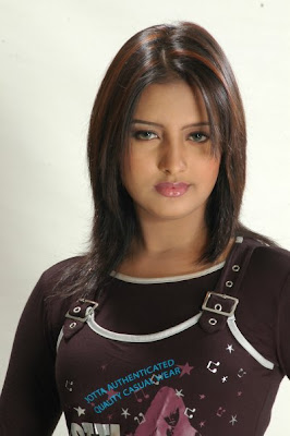 Beautiful Bangladeshi upcoming Model Photos 3