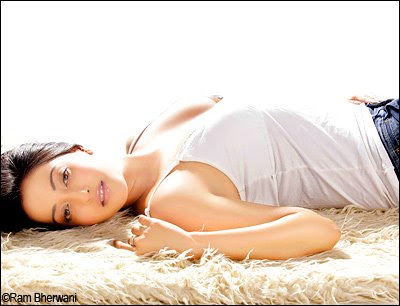 Bollywood Actress Hot & Sexy Rima Sen Pictures 4