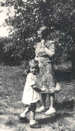 Irena and her daughter - Janka