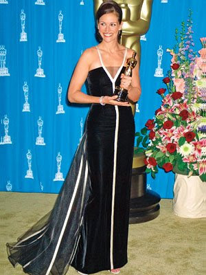 julia roberts oscar dress. julia roberts oscar dress.