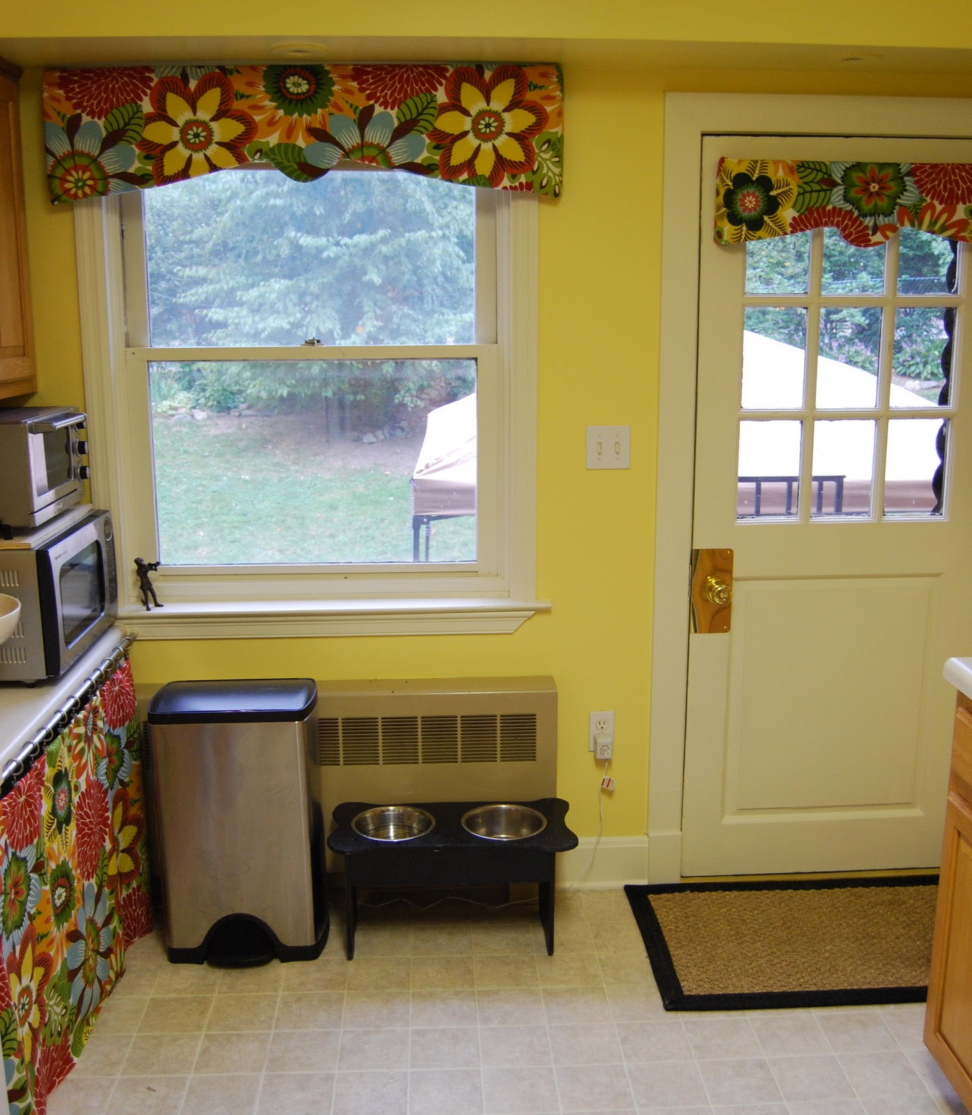 Kitchen Curtain Pelmets: When I Grow Up...: Pelmet Boxes