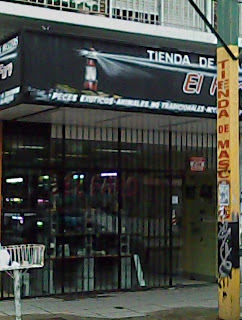 Acuario el faro 1 en villa ballester gu a for Acuarios zona norte