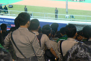 Guards glued to game