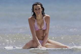 Lindsay and Ali Lohan hot bikini pictures from Hawaii