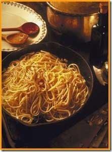Macarronada, molho de tomate, salsa de tomate, como preparar uma macarronada, dicas de como preparar uma macarronada