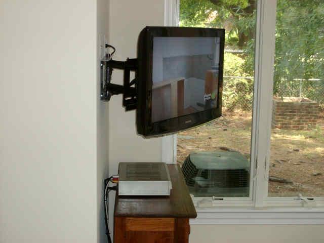 BRACKET LED TV & LCD TV